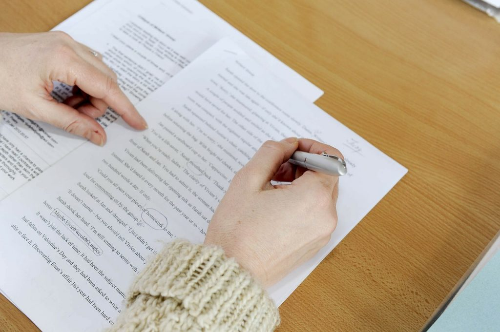 proofreading, editing thesis-108545.jpg